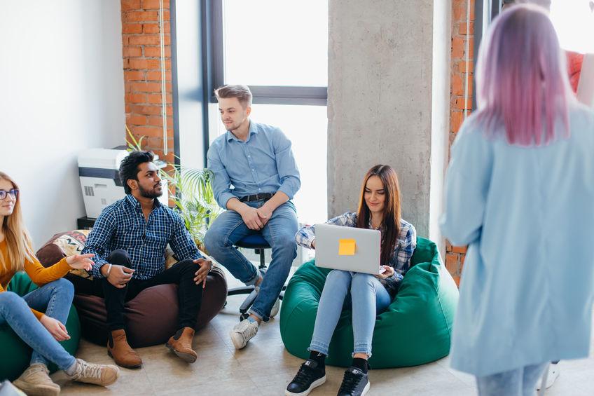 10 עזרים קטנים שתוכלו לתת לעובדים שלכם כדי לסייע להם להצליח במשימותיהם